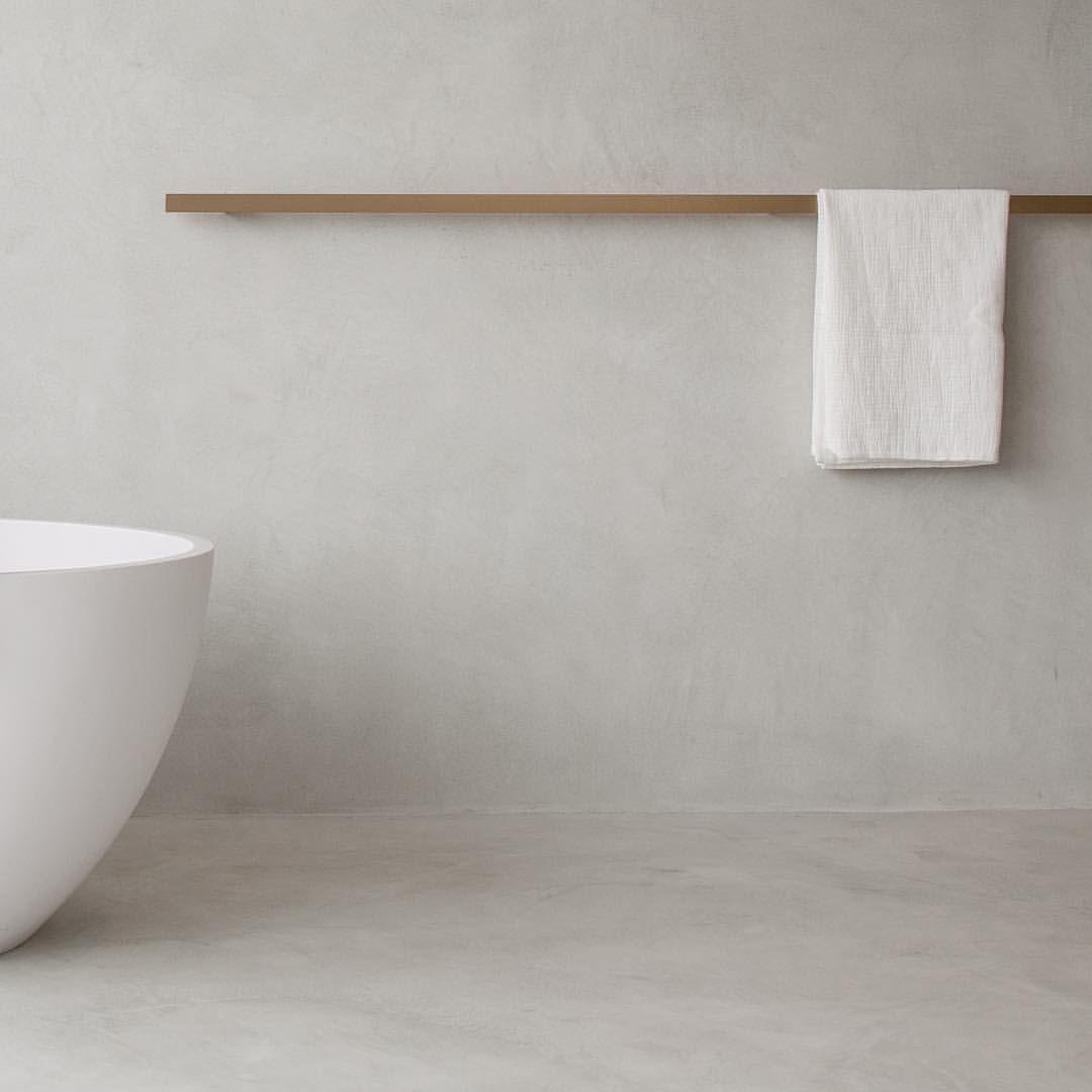 Mooie oplossing voor een handdoekrek. | interior . bathroom ...