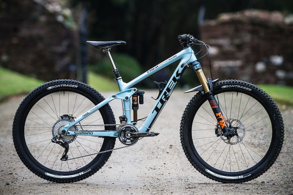 Katy Winton S Factory Trek Slash 29 And Remedy 27 5 Race Bikes