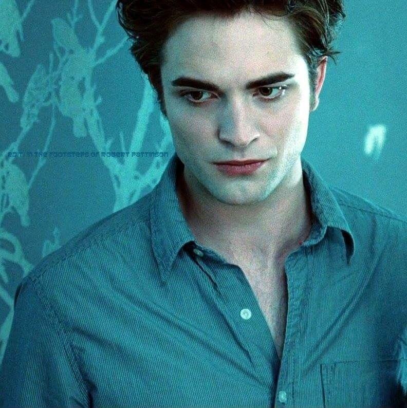 Robsfootsteps Twilight Bella And Edward Robert Pattinson Twilight Twilight Edward