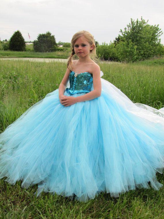 Elsa surgel s deguisement congel s robe robe d 39 elsa - Deguisement princesse des neiges ...