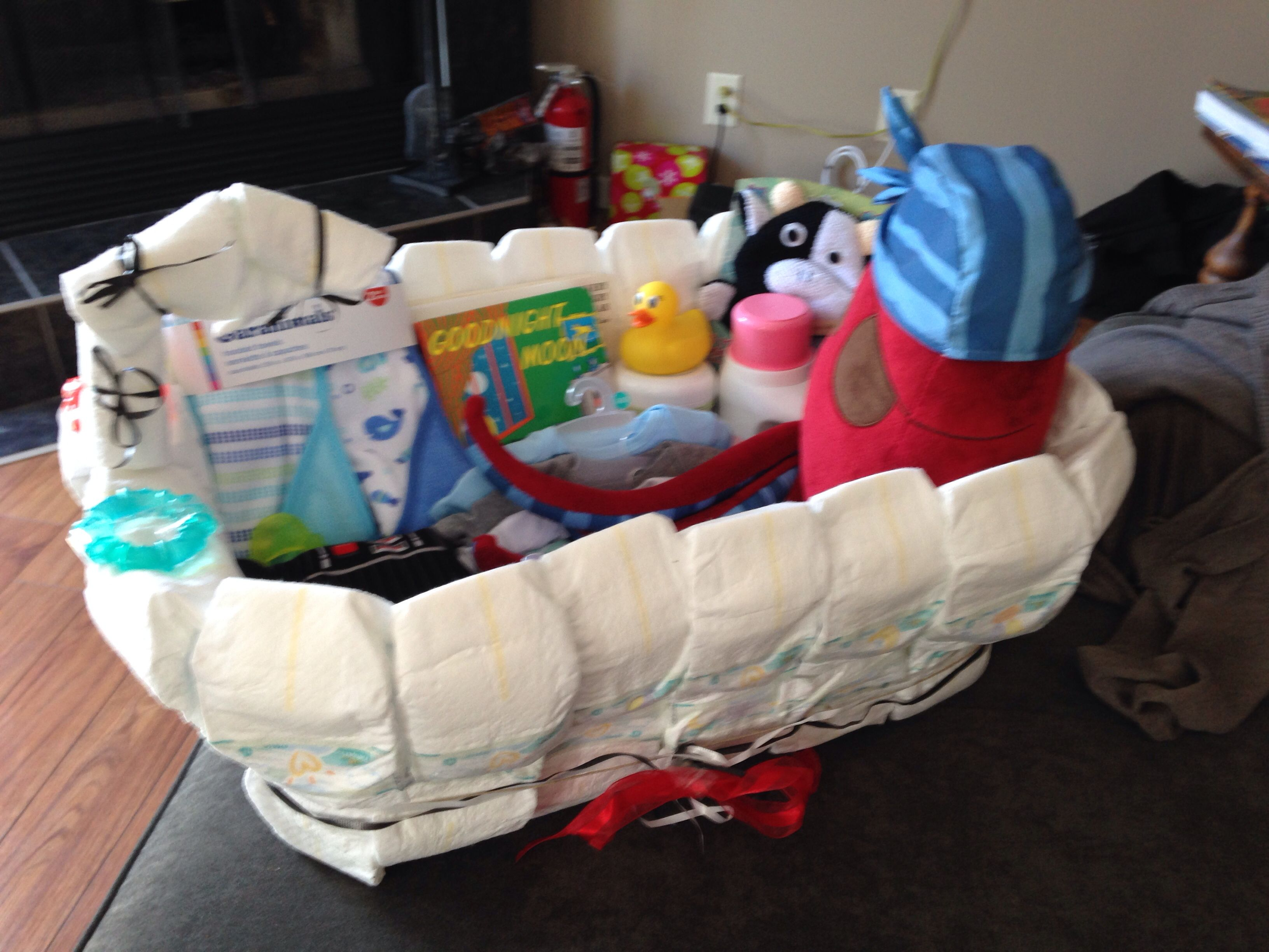 Baby Shower Gift Baby Diaper Bath First I Bought A Laundry Basket And Wrapped It With Newborn Diapers I Used Cr Baby Bath Gift Bath Gift Basket Bath Gift