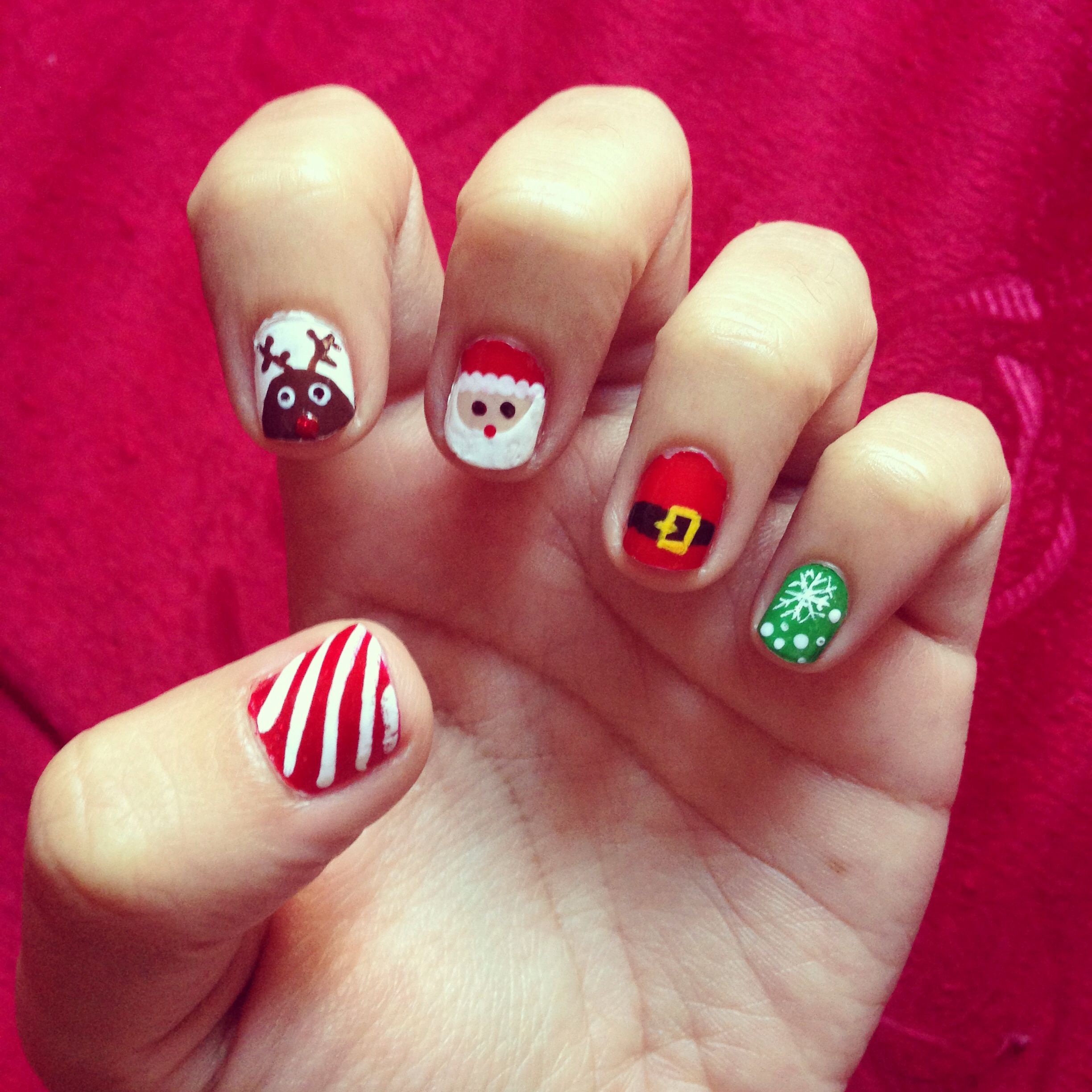 My new version of christmas nails! By: Freaky Fashion Friday Blog.