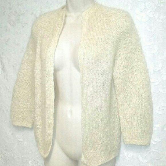 Hand-Knit Vintage-60s Cream Mohair Cardigan Darling, 1960s, sweater jacket. - Hand-Knit Vintage-60s Cream Mohair Cardigan Darling, 1960s
