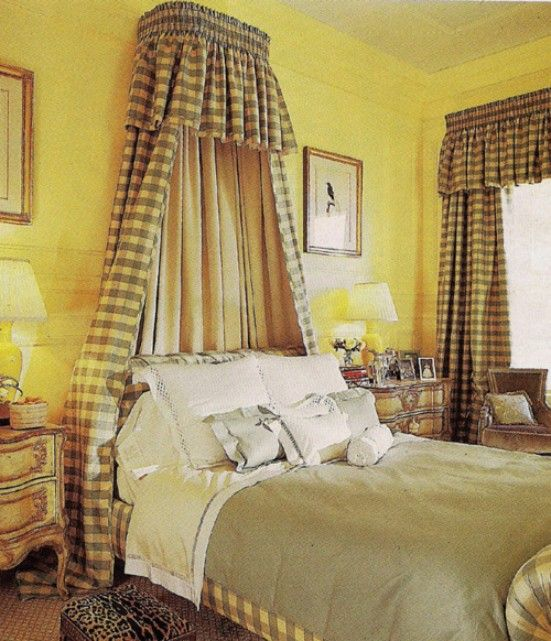 Kamar Tidur Desain Ceria dengan Warna Kuning Cerah | Kamar ...
