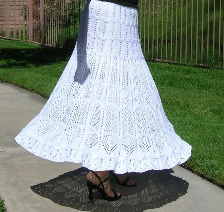 Кружевные вязаные юбки