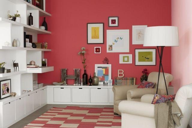 Wohnzimmer Farbe Akzentwand Rotton Weiße Möbel