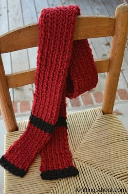 Ribbed Striped Scarf