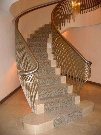 صور درابزين درج للفلل والدوبليكس بأحدث الاشكال ميكساتك Staircase Design Stairway Design Stairs Design Interior