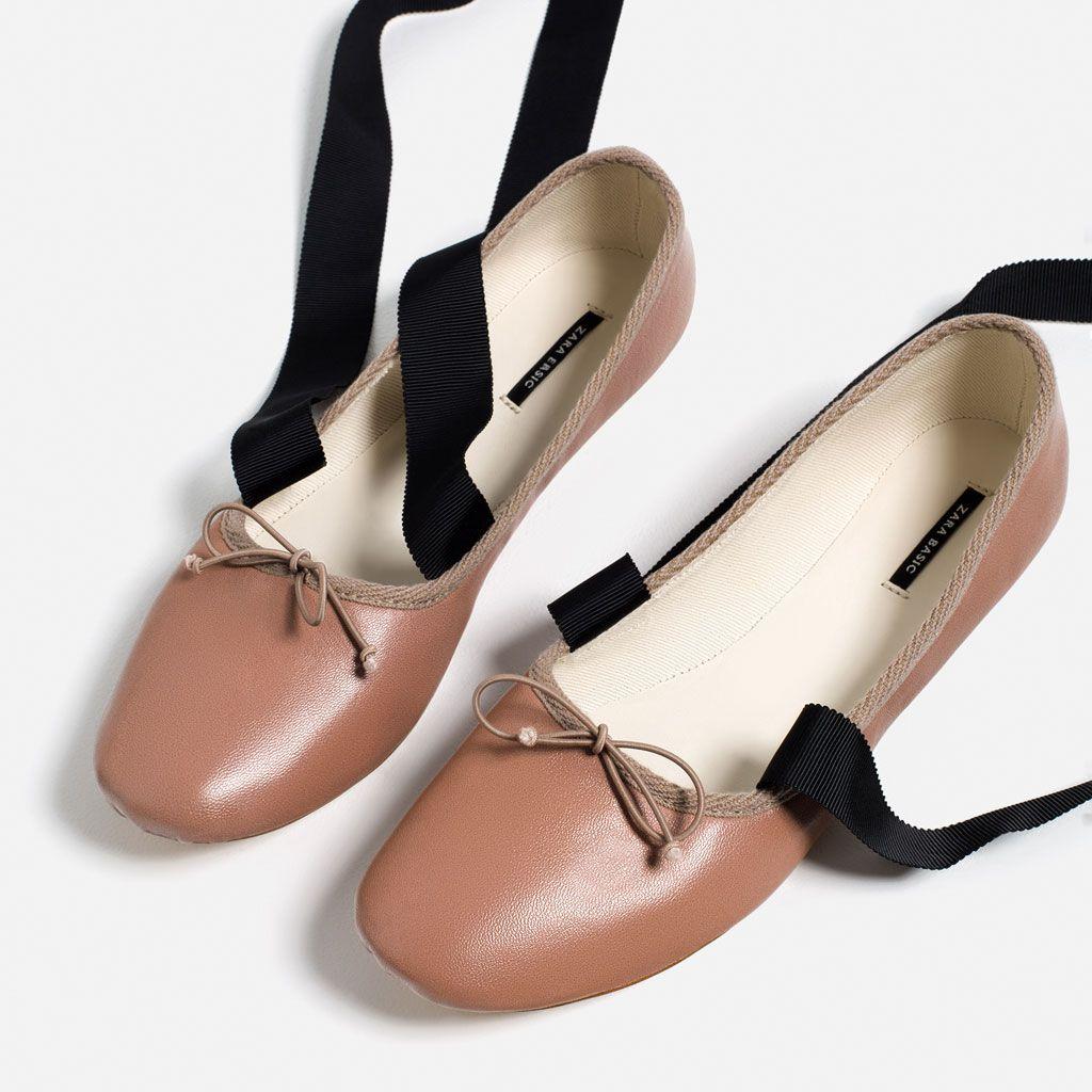 Baleriny Miu Miu Czyli Balet Romansuje Z Punkiem Ballet Flats Ankle Wrap Ballet Flats Flat Shoes Women