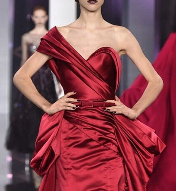 Red dress by Ralph&Russo