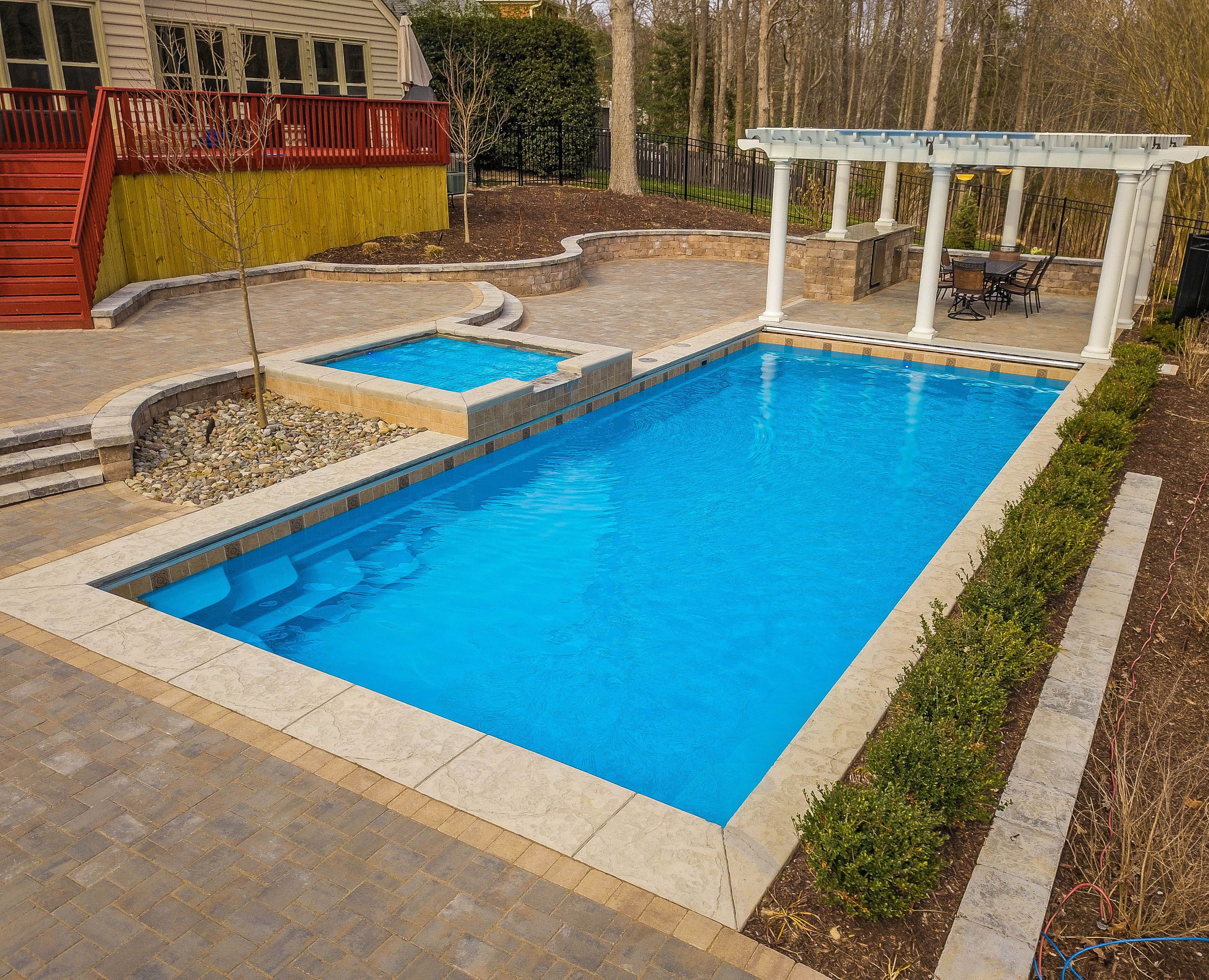 What Are The Best And Worst Types Of Swimming Pools And Why Fiberglass Pools Fiberglass Swimming Pools Inground Fiberglass Pools