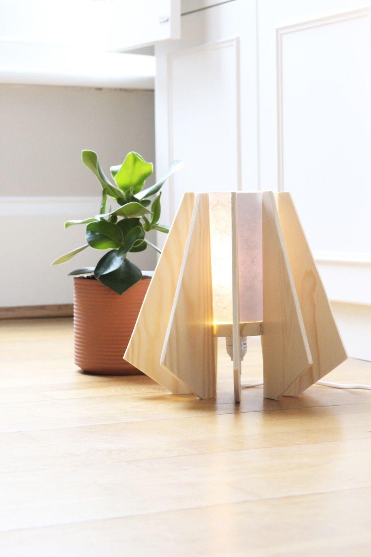 une lampe en bois pefc diy | diy deco / decor diy | pinterest | diy