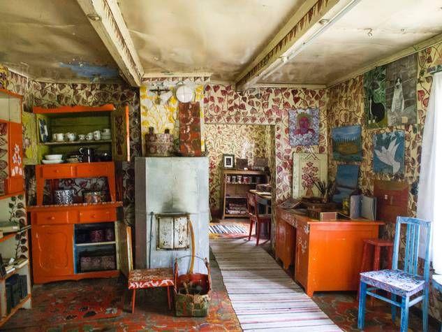 Taiteilija Enni Idin mökki on erikoinen vierailukohde.