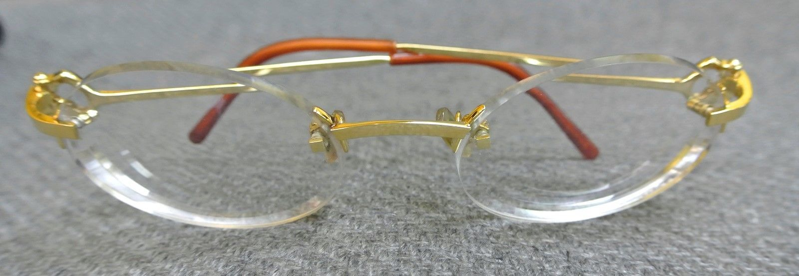 Cartier eyeglasses gold frames w oval lens with carry case https://t.co/ioH8OumOzN https://t.co/wvdyw31pV1
