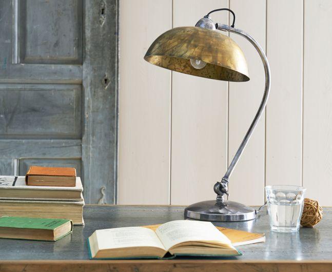 Domeo Desk Lamp