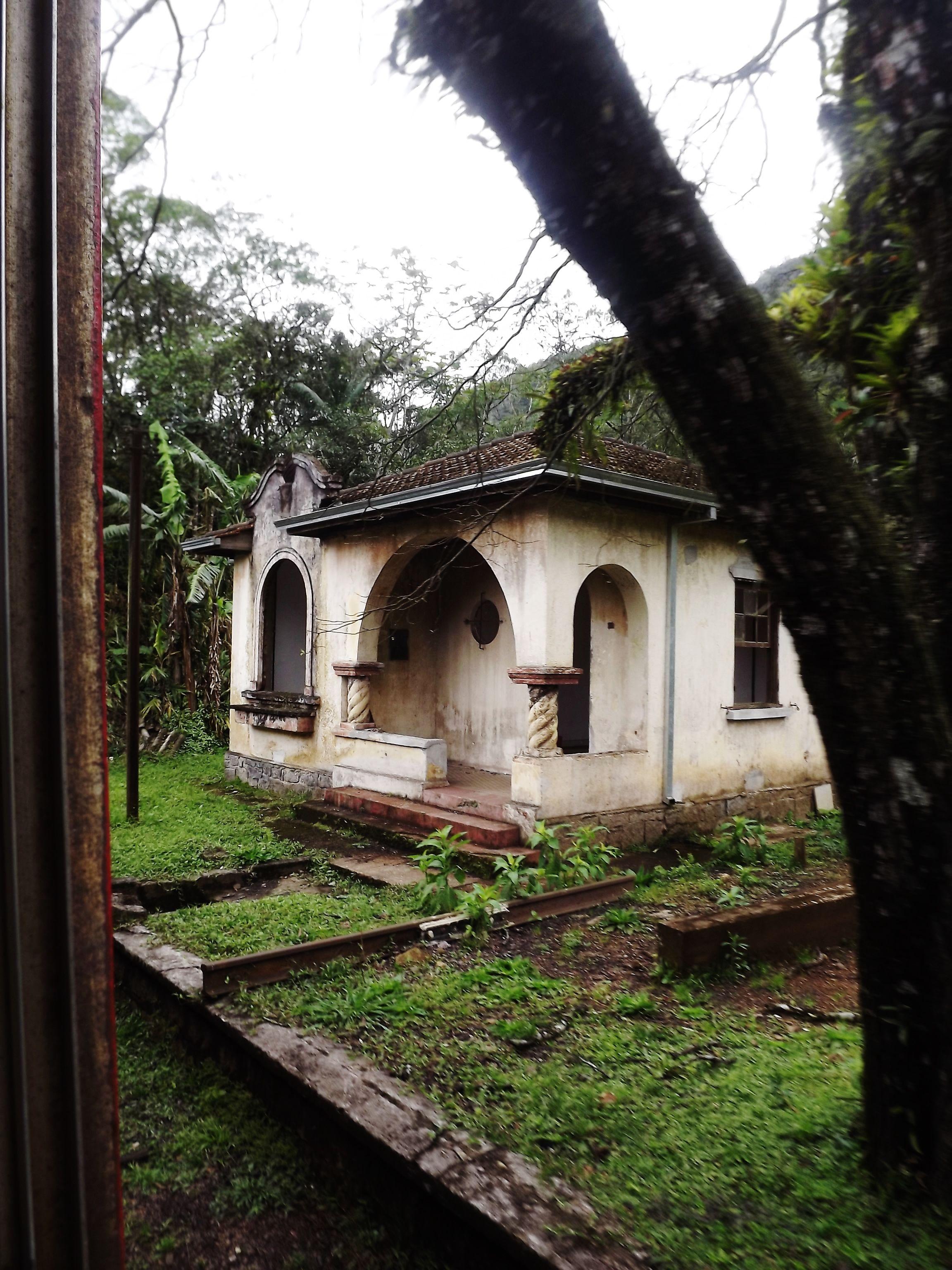 Casa abandonada Serra do Mar paranaense /Brasil Casas