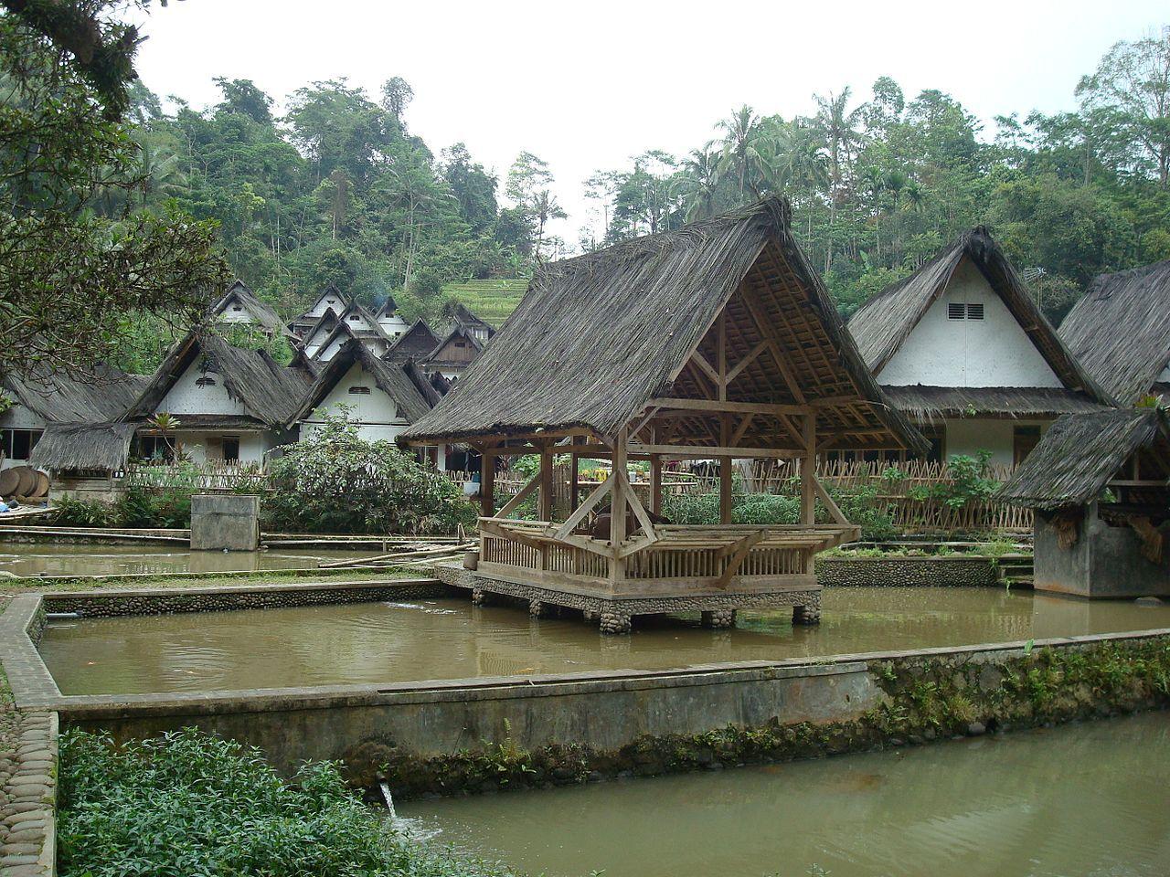 Kampung Naga Java110 Rumah adat Wikipedia House