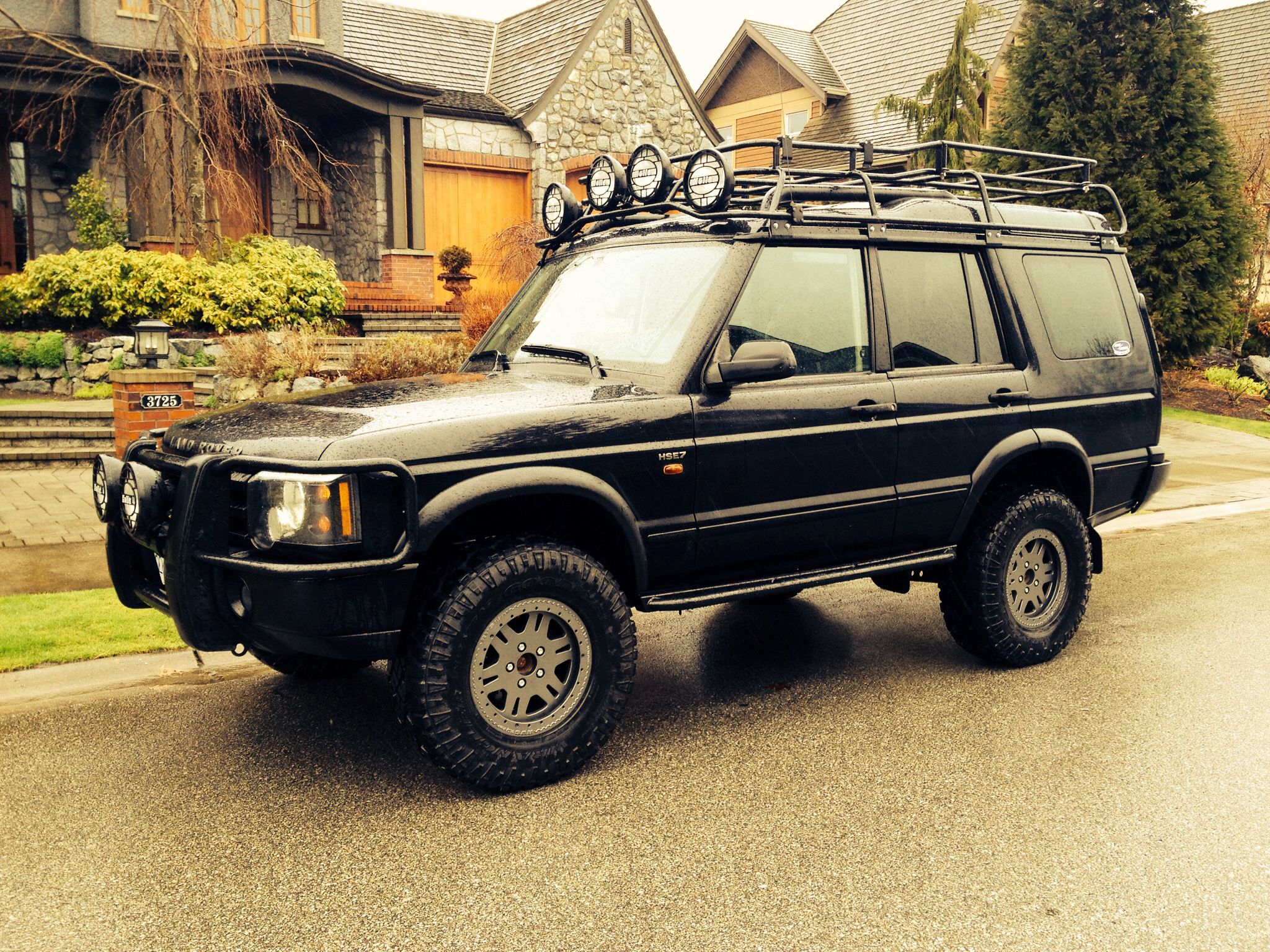Terrafirma 2 Lift Kit With Sls Air Bags Still In Place Land Rover Series Land Rover Discovery 1 Land Rover
