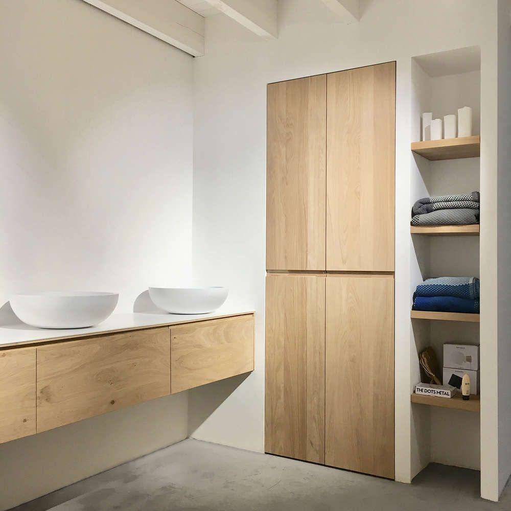 Photo of Gubi – Dedal Bookshelf – Wandplank