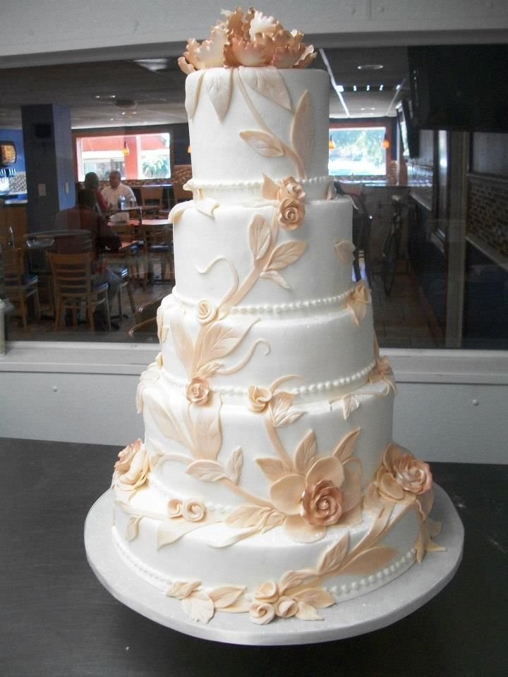 Alessi Bakery Cakes Wedding Gown Cake
