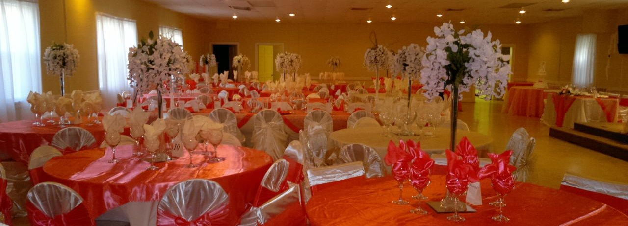 Coral and champagne wedding table decorations champagne