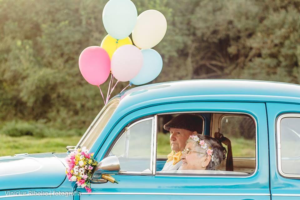 Já imaginou viver um amor para vida toda? Olinda e Paulino vivem há 62 anos e fizeram um ensaio de idosos, cheio de amor! Impossível não se inspirar!