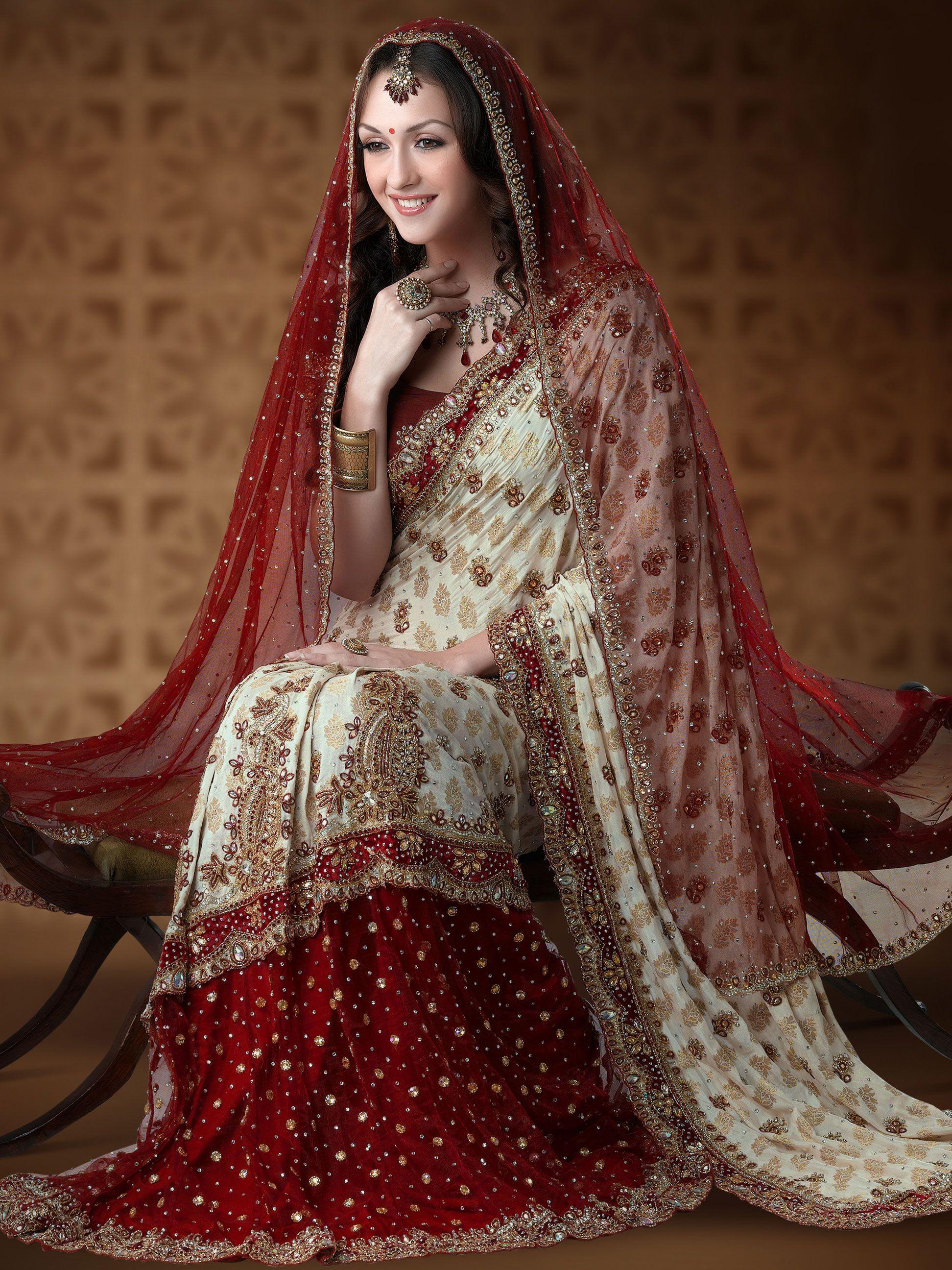 18++ White nauvari saree for wedding information