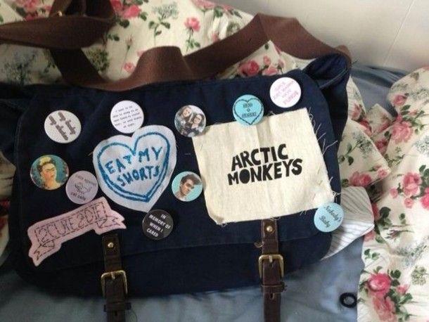 Bag, 2€ at ebay.fr - Wheretoget | Diy messenger bag, Soft grunge ...