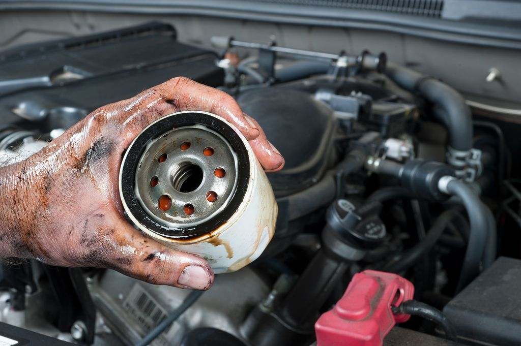 How often should i change my oil filter by repairpal repairpal changing engine oil is crucial to vehicle maintenance while its easy to get it professionally done its just as easy to do it yourself solutioingenieria Images