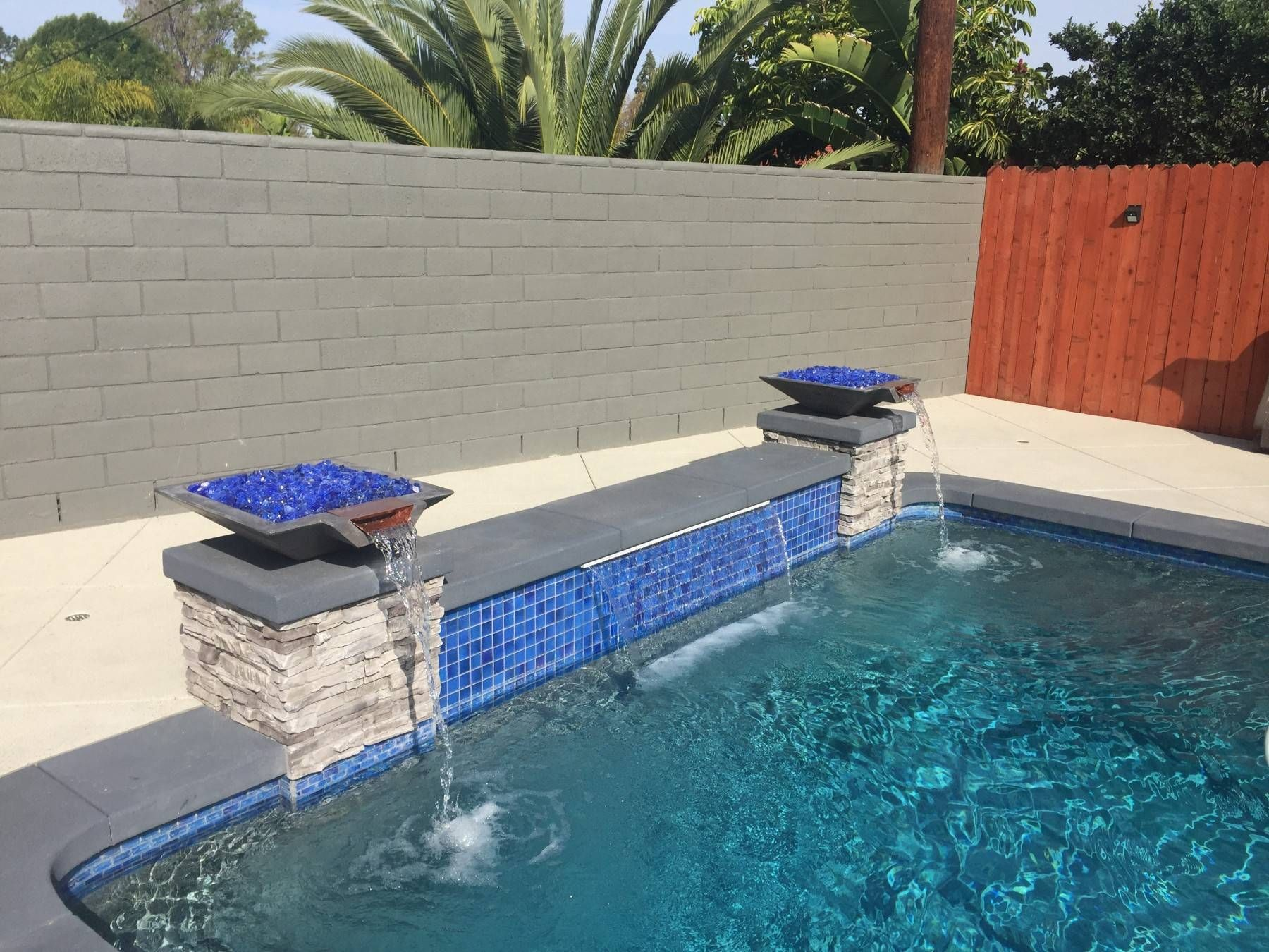Concrete Pool Fire Bowl Square with Scupper 36\