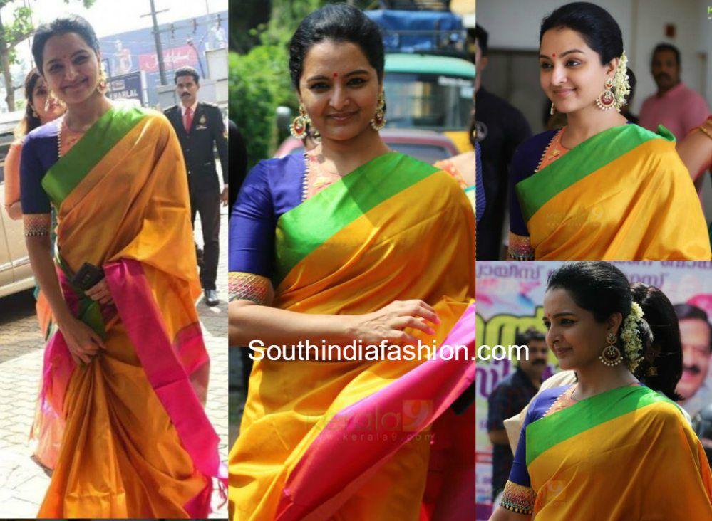 71ea42208a Manju Warrier in a Pattu saree at Bhavana and Naveen Wedding ...