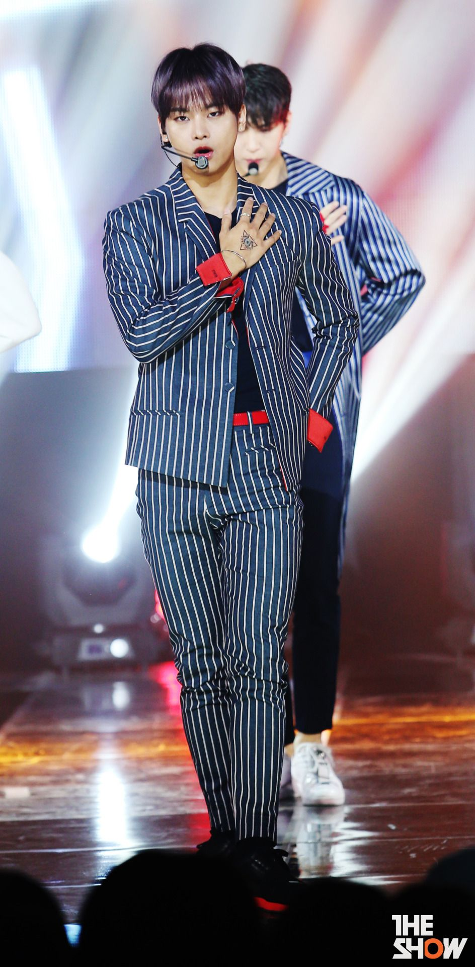 VIXX N 'The Show'