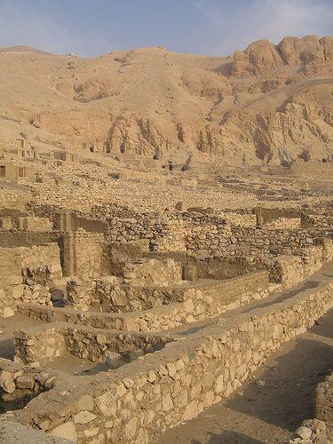 Deir el-Medina , el pueblo de los Artesanos | por Soloegipto
