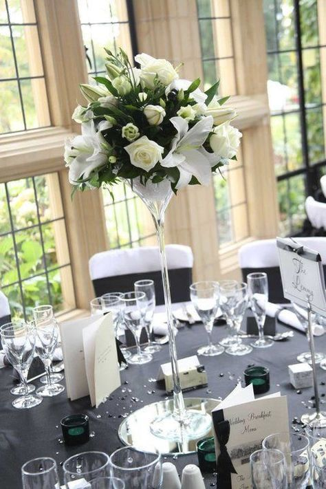 37 Art Deco Wedding Centerpieces That Inspire   White lilly ...