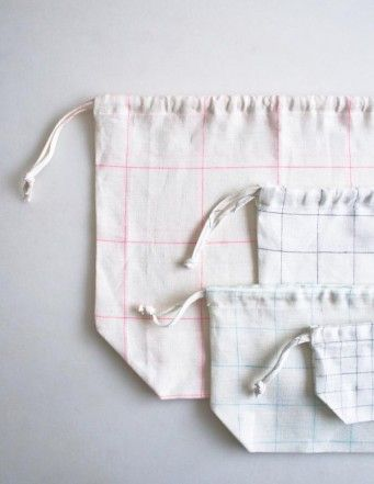 Easy Drawstring Bags in Linen Grid | cloth | Diy bags