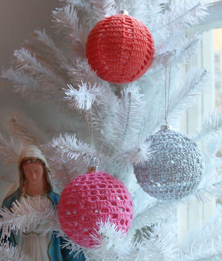 Crochet over clear ball ornaments no pattern - Adornos navidenos crochet ...