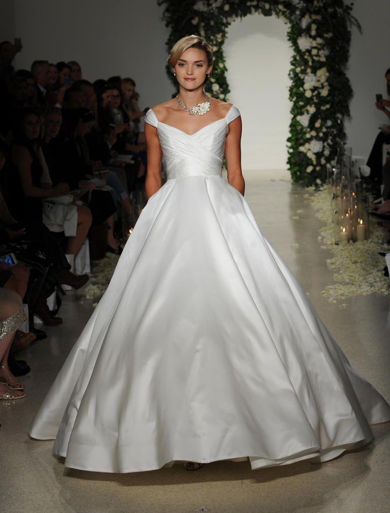 Secret Garden: Anne Barge's Fall 2016 Wedding Dresses Transport Us To A