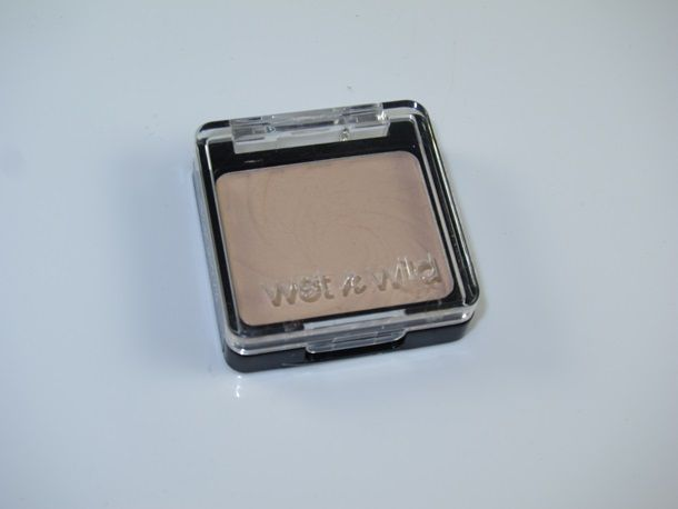 Wet N Wild Creme Brulee Color Icon Eyeshadow Dupe For Bare Minerals Well Rested Musings Of A Muse Eyeshadow Dupes Bare Minerals Creme