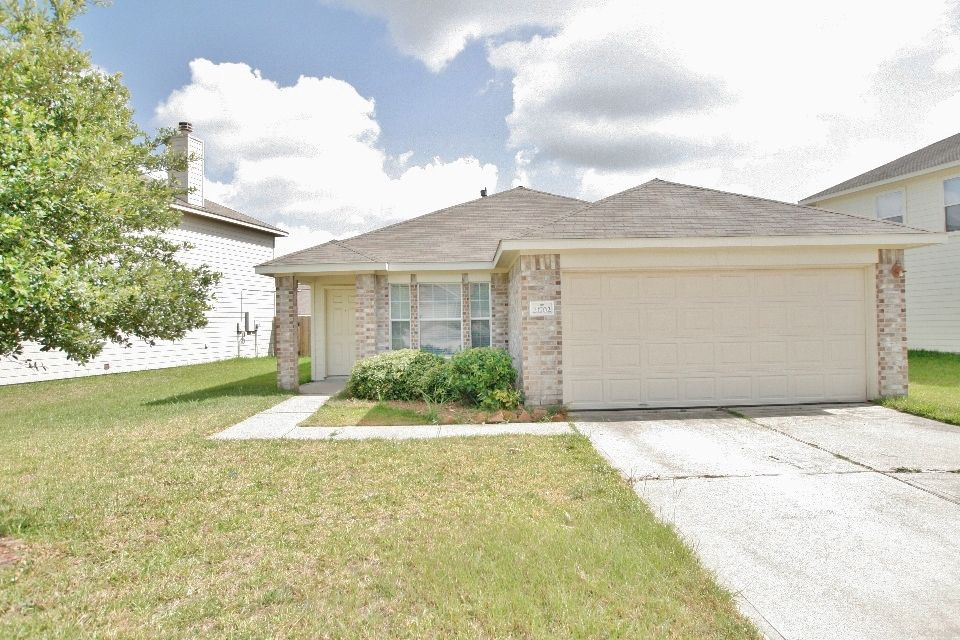Sold In 85 Days Welcome Home To 21702 Oriole Trl In Arbor Trails