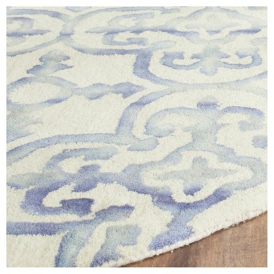 Bardaric Area Rug Ivory Blue 7 Round Safavieh With Images Rugs Area Rugs Round Rugs
