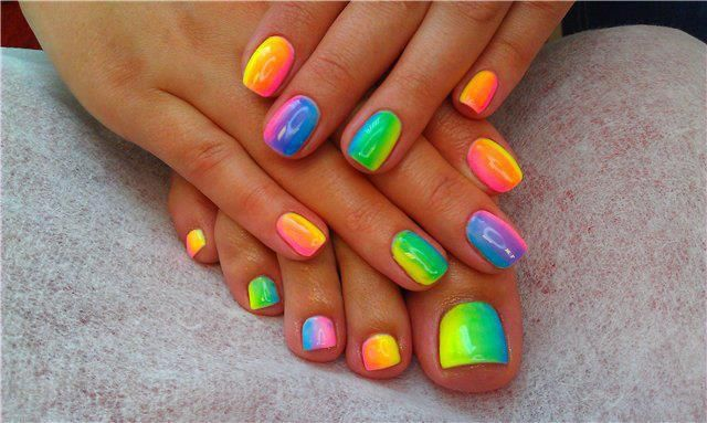 CND shellac base coat cream puff with various color pigment additives for a neon rainbow effect