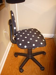 Diy Office Chair Makeover With Fabric With Images Desk Chair