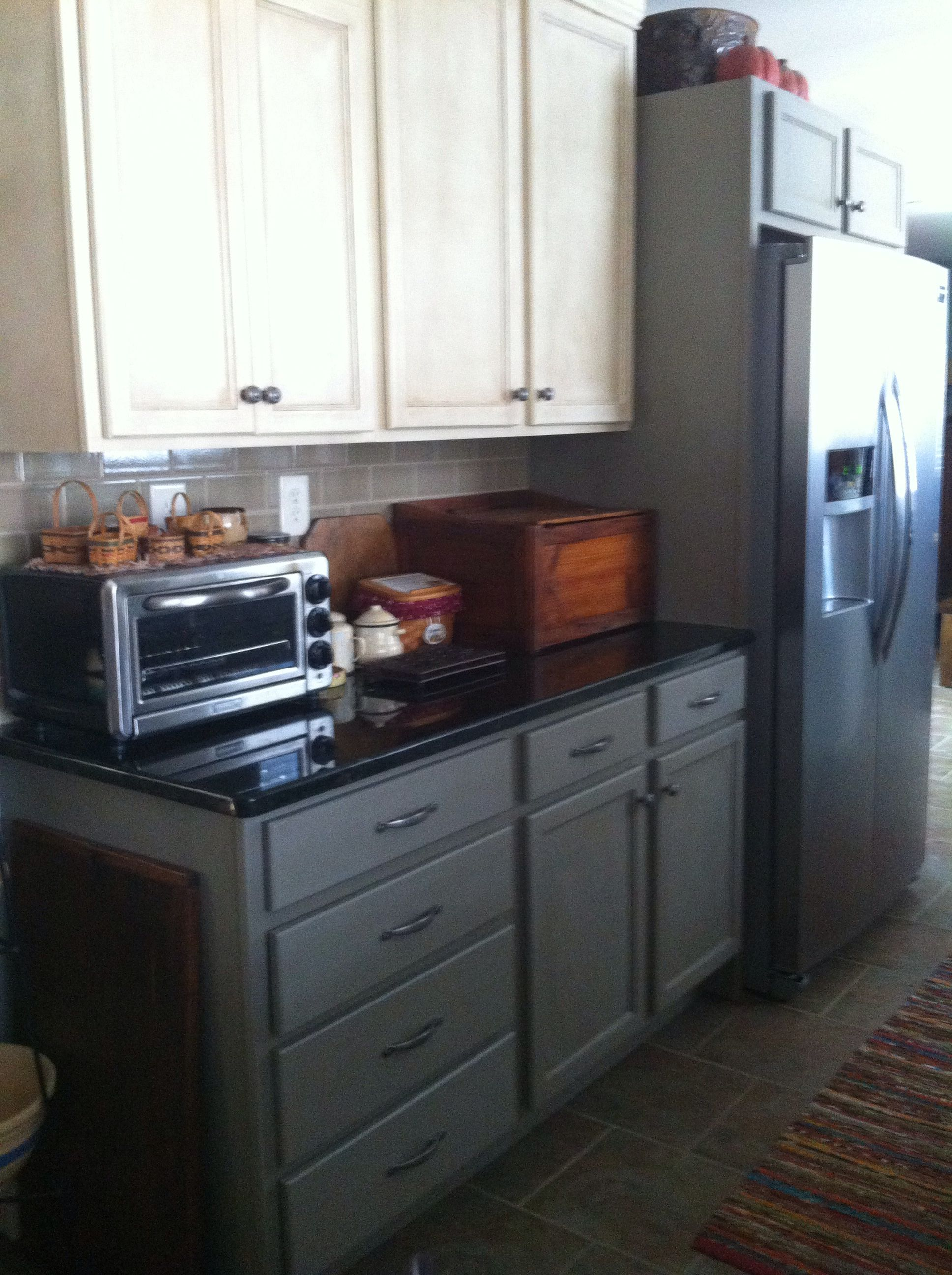 Kitchen cabinets in ASCP French Linen AND old White ...