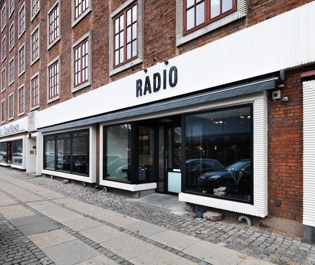 #Decoración #Interiorismo #diseñodeinteriores  Un lindo restaurante en... Copenhague. Más en: http://greenandfreshdecor.blogspot.com.es/2014/06/un-lindo-restaurante-en-copenhague.html