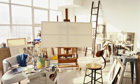How art students can use part time jobs to launch their careers