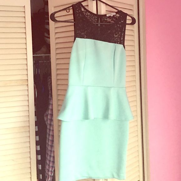 Mint green dress Mini mint green dress! Worn once. Lacy top. Fits snug. Great for a cruise or fancy dinner party! Charlotte Russe Dresses Mini