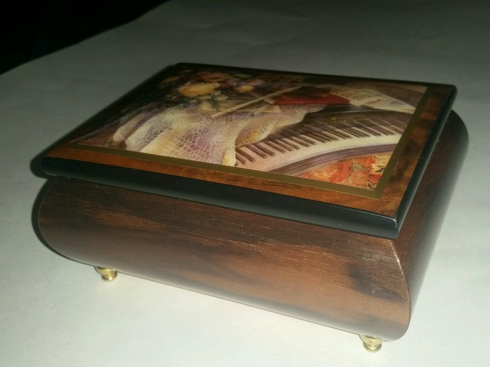 Limited Edition Ercolano Harmonic Duet Love Story Collectable Italian Music Box