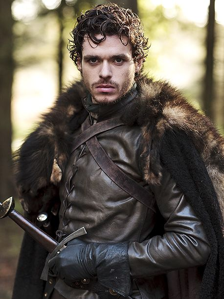 Richard Madden as Robb Stark wears fur and leather so well. King of the North!