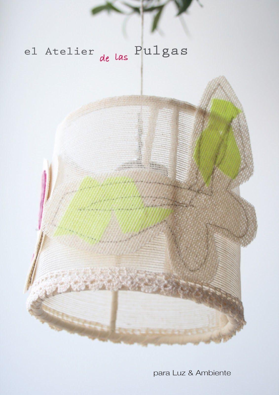 Pantallita para crear una luz de ambiente con mariposas en  un rincón especial.   De una en una o de tres en tres a distintas alturas.   12cm de...