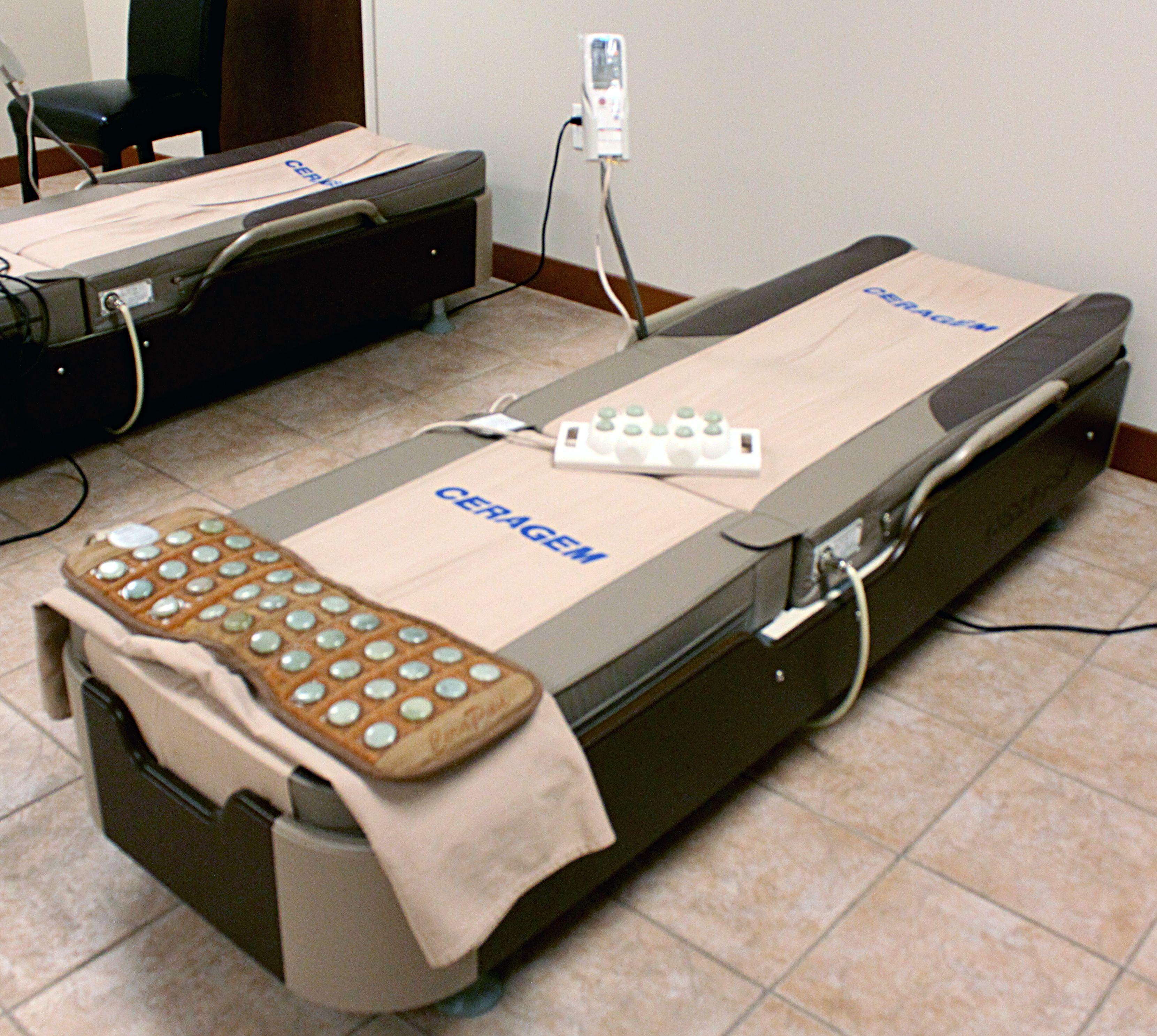 Massage thermique à l'infrarouge avec les lits de massage de